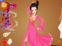لعبة تلبيس الشابة الصينية الجميلة